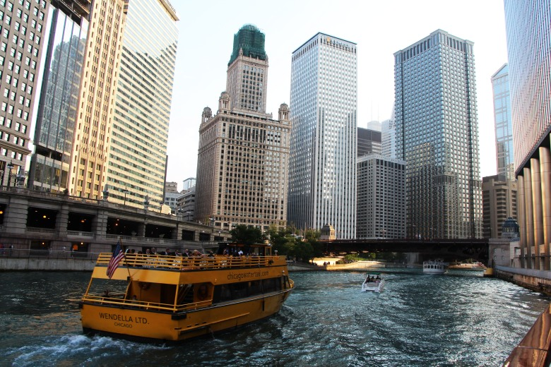 Chicago Water Taxi | TheLuxicon.co
